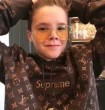 シンプルなデザイン  肌触りの気持ちい〜  2017新作 Louis Vuitton X Supreme
