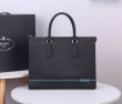 プラダ ビジネスバッグ コピー 洗練大人らしさをアップ メンズ PRADA ブラック 2020新作 レザー ロゴ おすすめ 最安値